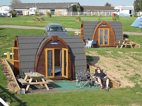 CAMPING PODS NEAR THE COAST