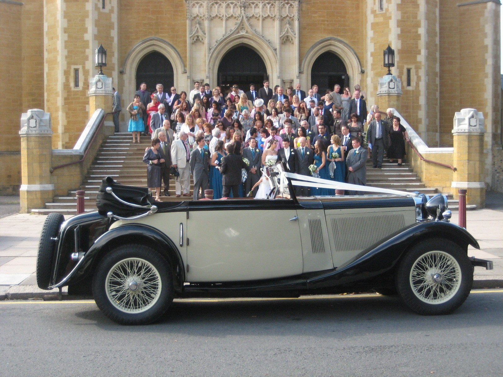 Buckinghamshire Vintage and Pre War Wedding Cars