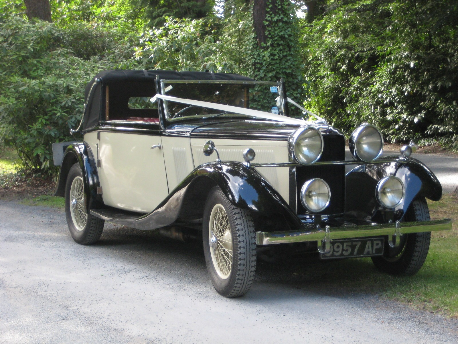 vintage wedding car for hire