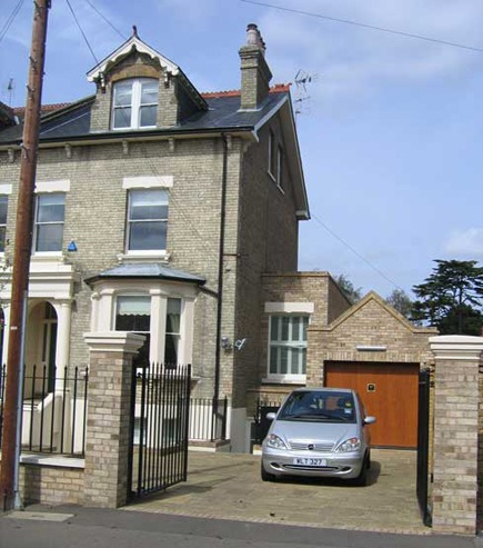 Domestic Extension in Kingston