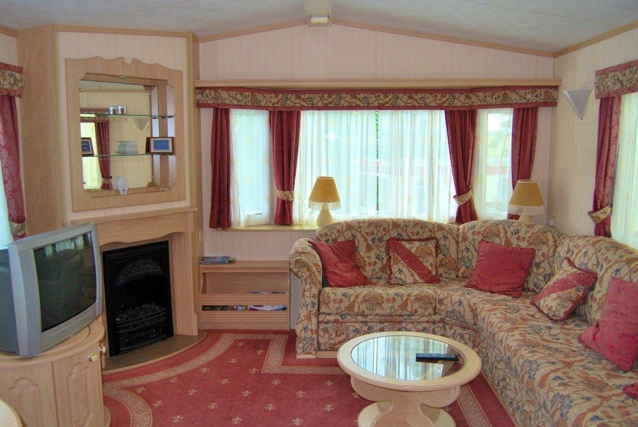 Cefyn living area