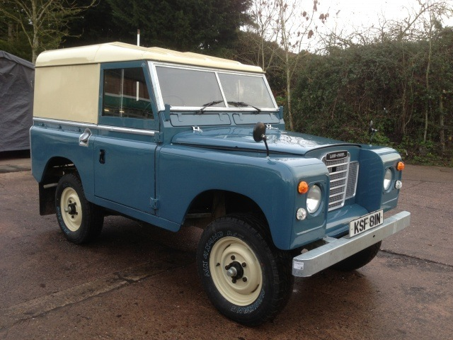 1975 SERIES 3 LAND ROVER RESTORATION