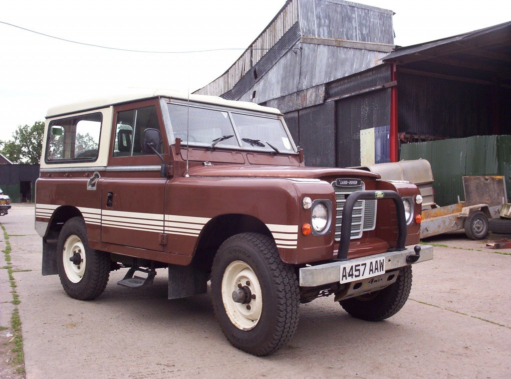 1983 Land Rover 110 after refurbishment resprayed white and full roll cage fitted