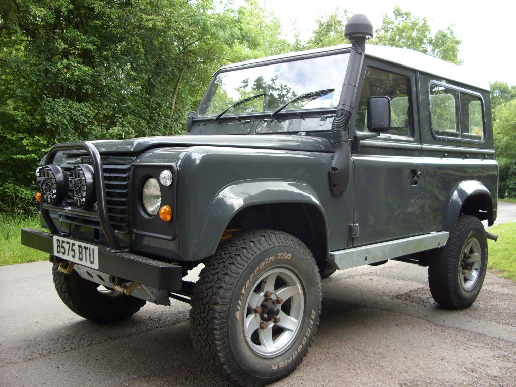 1985 Land Rover 90 repaired and resprayed in original grey