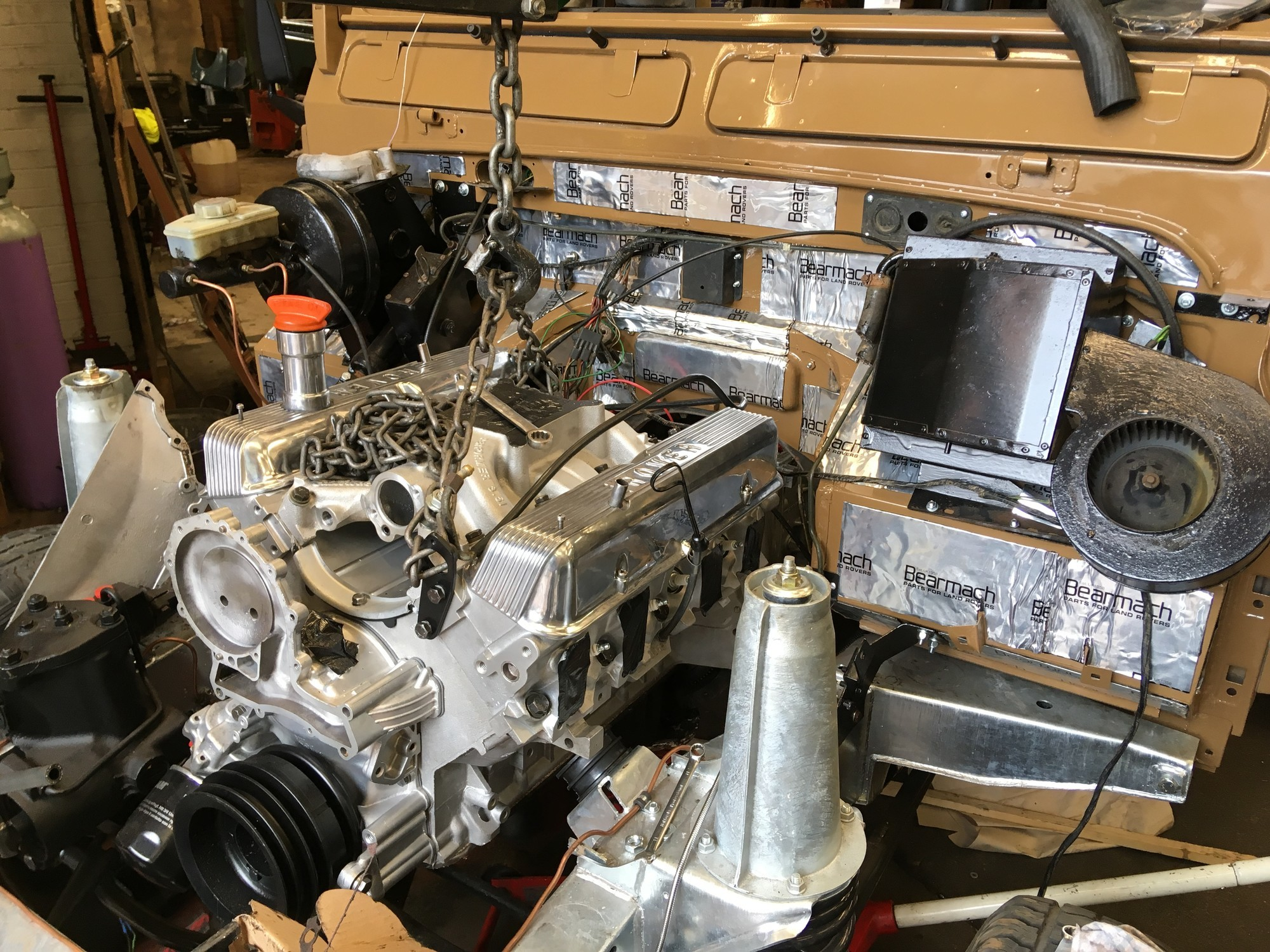 Land Rover 110 galvanised chassis reconditioned 3.5 V8 tuned engine