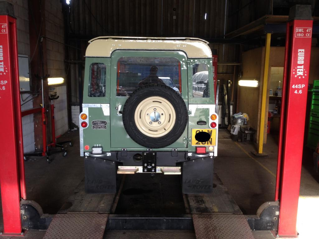 Land Rover servicing and MOT