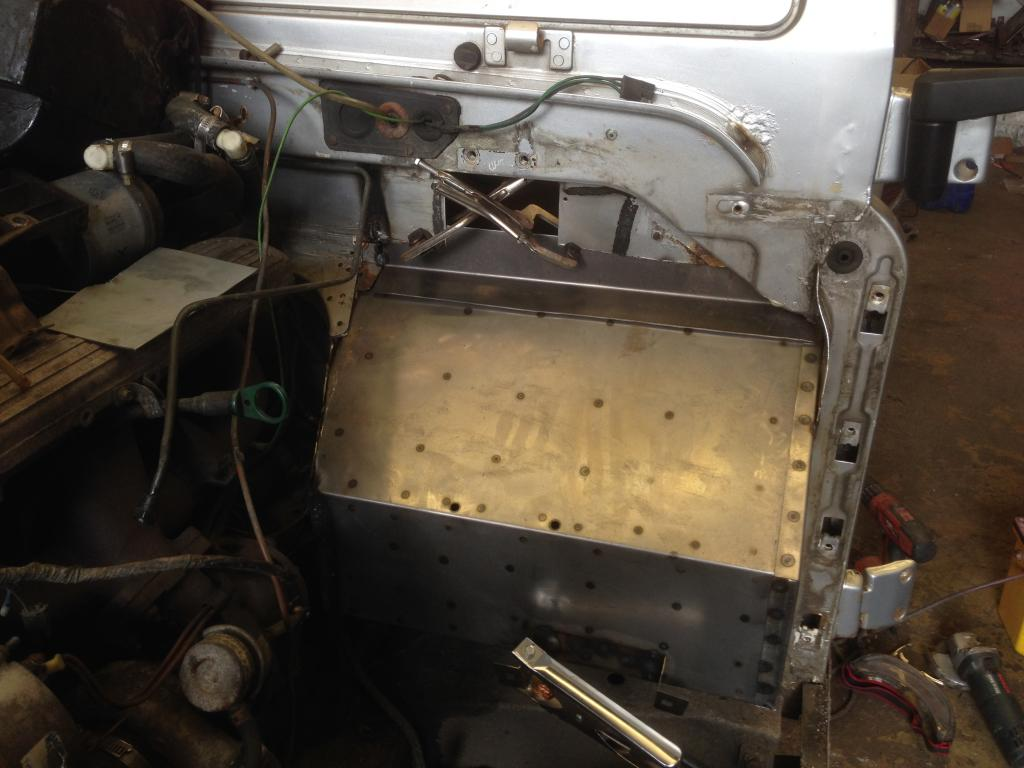 Land Rover bulkhead restoration refurbishment welding