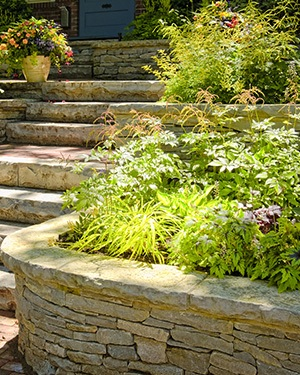 retaining walls used in garden landscaping