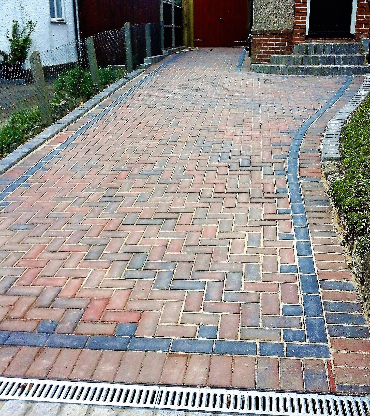 Block or brick driveways laying