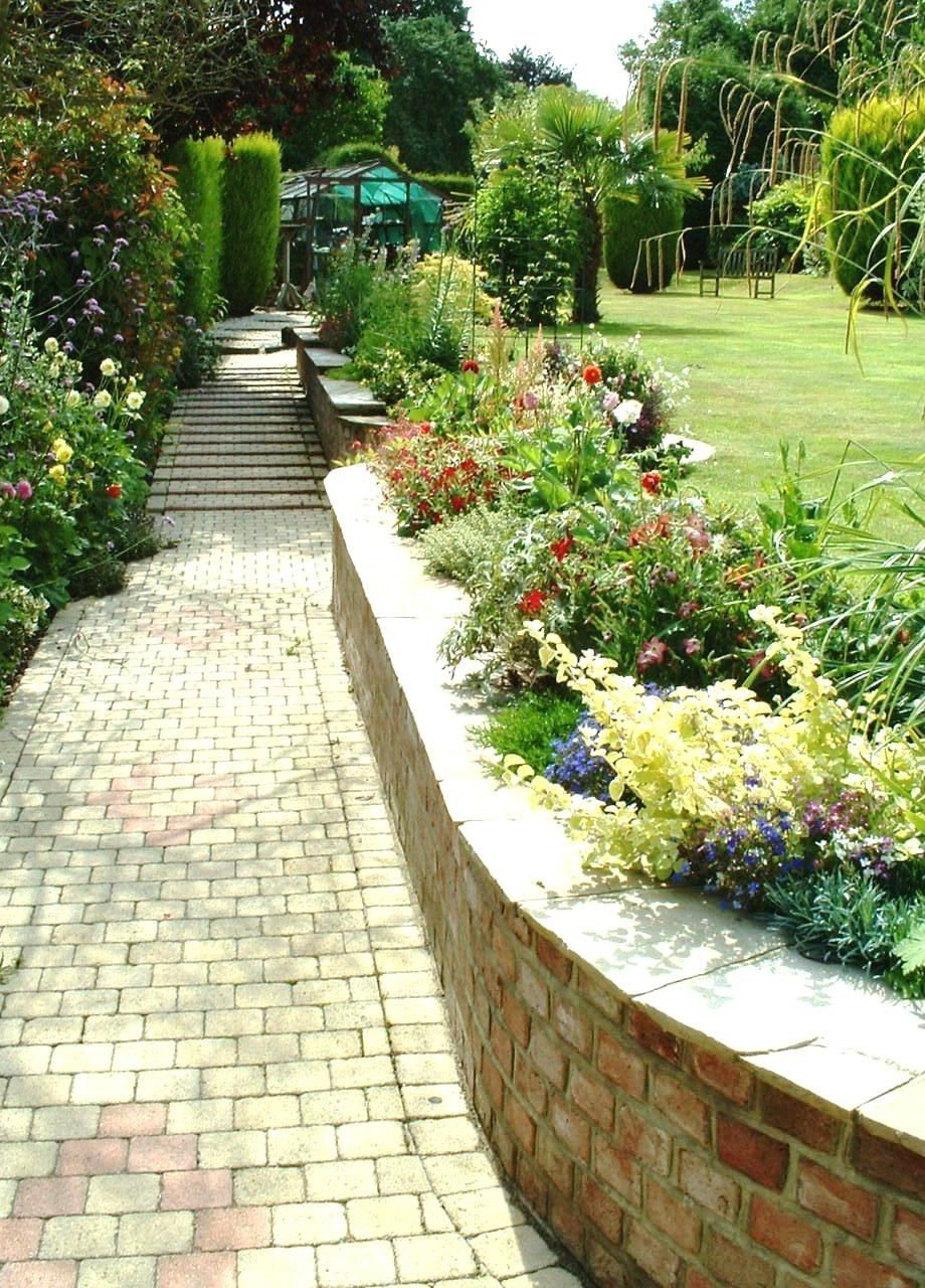 Bearsted garden design