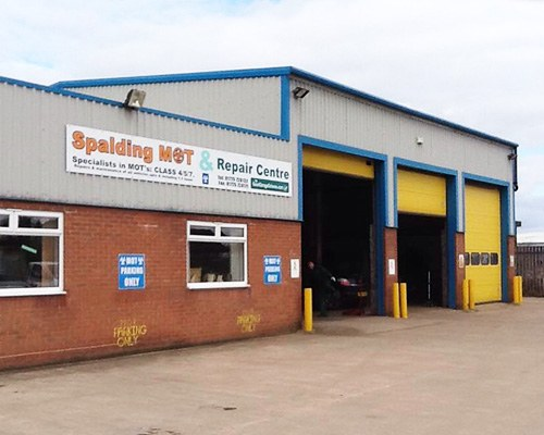 exterior of spalding mot and repair centre