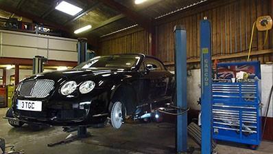 Rolls Royce and Bentley