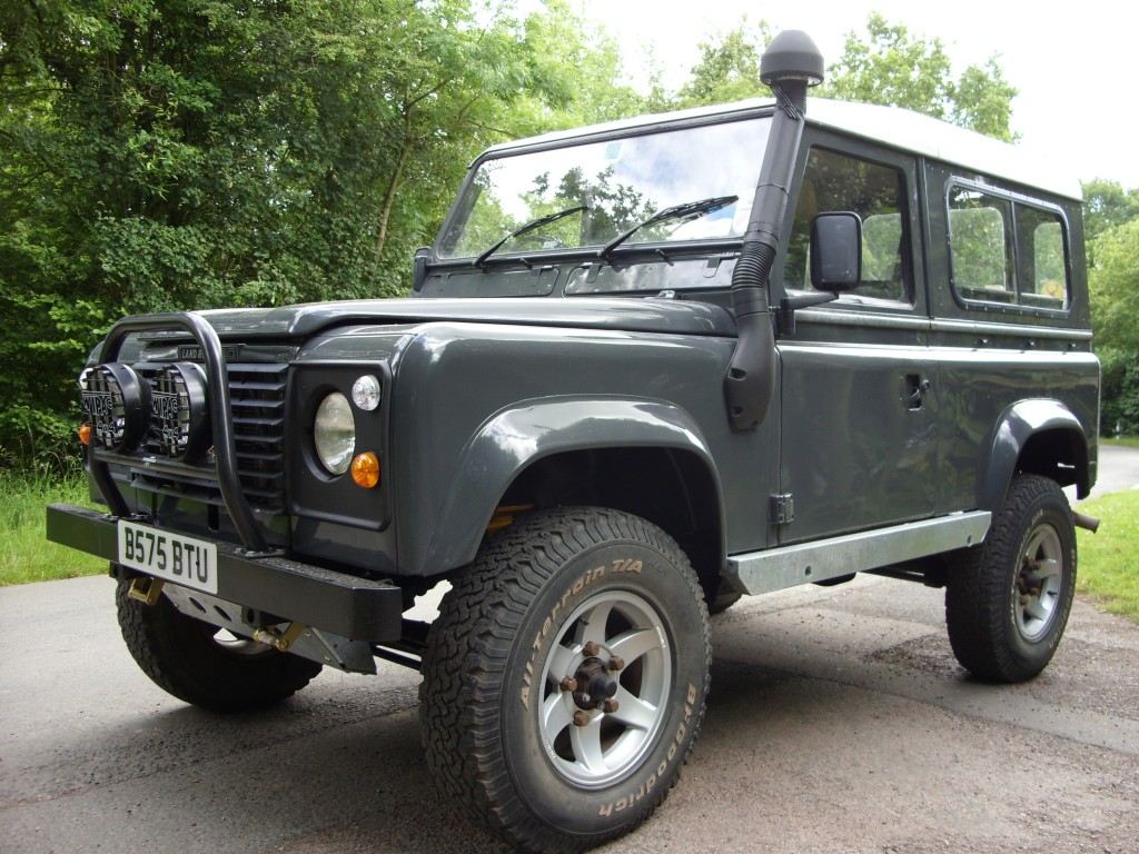 Land Rover Respray And Land Rover Restoration Service