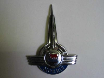 Front Spiked Bonnet Badge