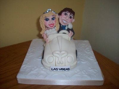 Bride and Groom Car Wedding Cake Topper