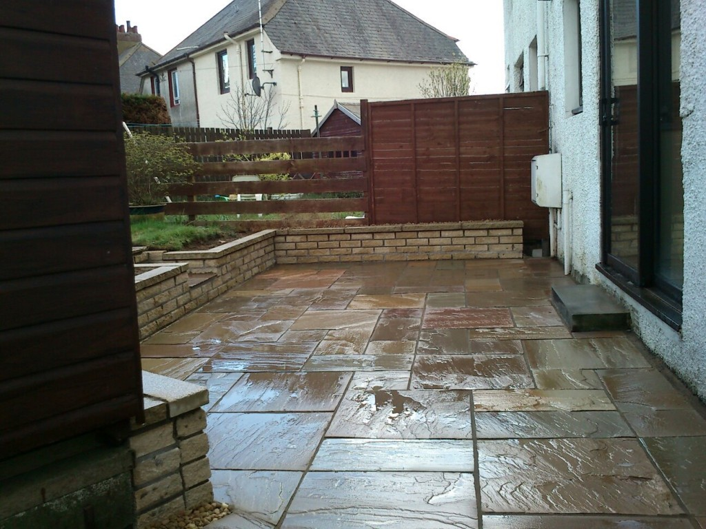 Landscaper in ayrshire ayr prestwick and braehead for Home landscaping services